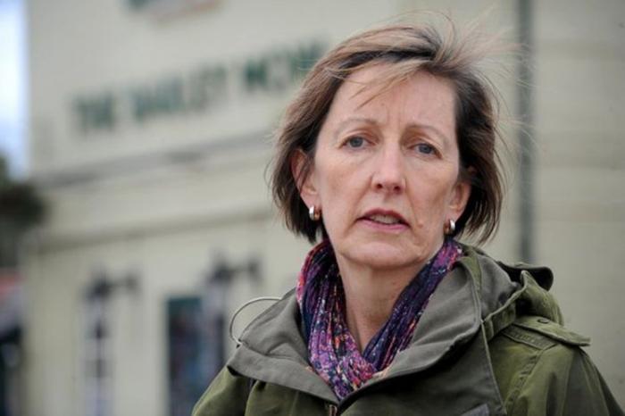 Женщина оштрафована на £ 155 за слишком долгое пребывание на автостоянке