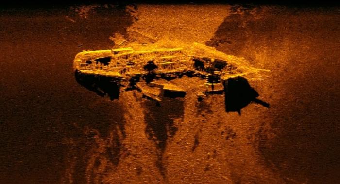 Корабли, ищущие пропавший без вести самолет малазийских авиалиний, неожиданно нашли что-то