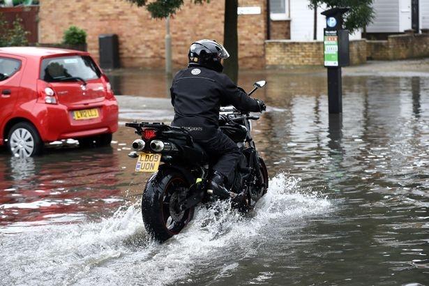 Через 30 лет Лондон ждут наводнения, засуха и отключения электричества