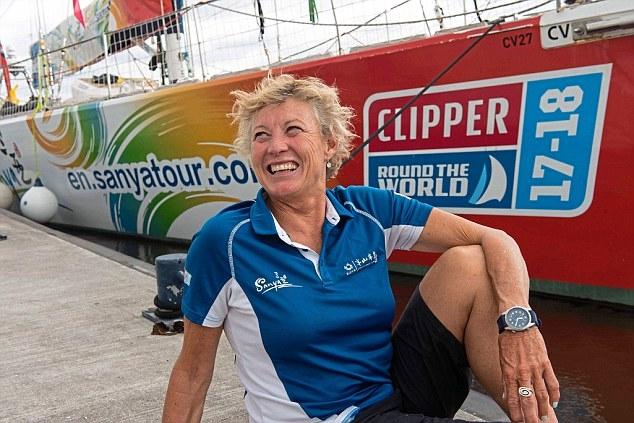 Кругосветный круиз на яхте выиграла женщина австралийка 53 лет. Она финишировала в Ливерпуле пройдя 40000 морских миль