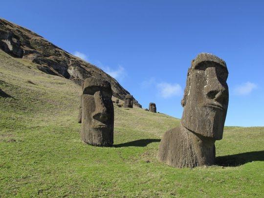 История острова Пасхи совершенно неверна и нуждается в переписывании, говорит ученый