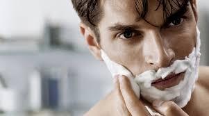 Как избежать порезов при бритье.