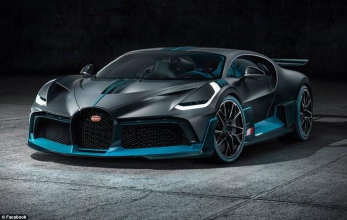 Bugatti представляет свой последний суперкар Divo, который стоит 4,5 миллиона фунтов стерлингов и имеет максимальную скорость 236 миль в час (но он уже распродан, потому что было сделано только 40)