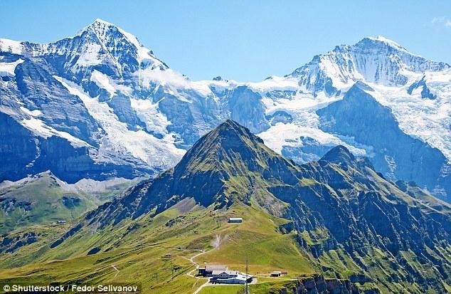Ужас! В Швейцарии заканчивается снег! Страна, славящаяся своими горнолыжными курортами, потеряла пятую часть снежного покрова за последние 12 лет