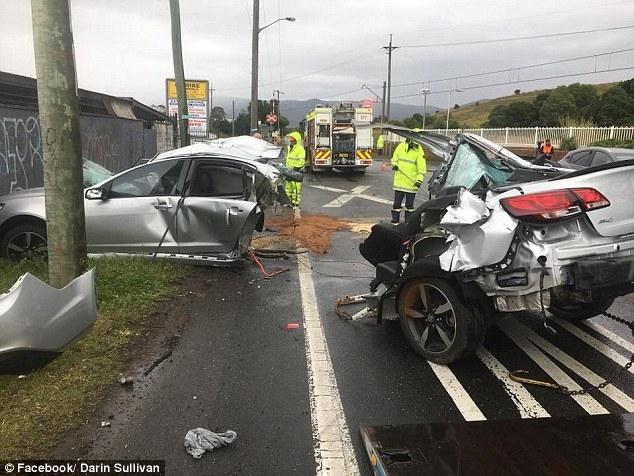 Полиция ошеломлена, что 31-летний мужчина выжил в ужасной автомобильной аварии, разорвавшей машину на двое
