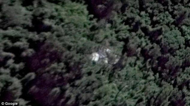 Необычная теория рейса MH370 создает волны: пилот утверждает, что он обнаружил двигатель, хвост и кабину обреченного рейса Malaysian Airlines