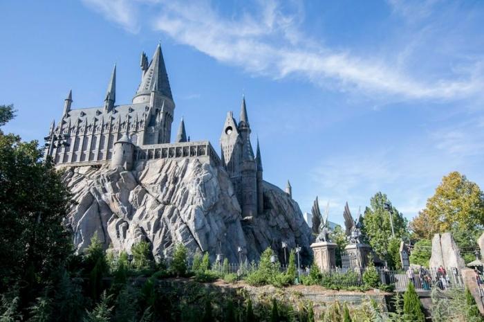 Новые американские горки Гарри Поттера выглядит совершенно Волшебным миром