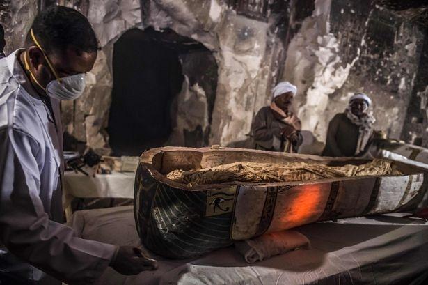 Мумия 3000-летней женщины в отличном состоянии была найдена в Египте