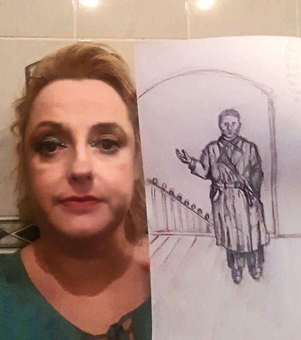 Женщина утверждает, что она была темнокожим убийцей мужчиной в прошлой жизни - а теперь она отбывает наказание