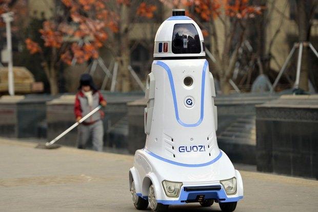 Роботы уничтожат миллионы рабочих мест всего за 15 лет, считает эксперт по ИИ