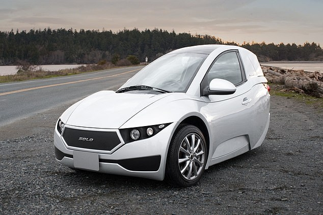 Канадская фирма думает, а не купить ли бывшую фабрику GM, для выпуска электромобиля Solo за 15 000 долларов