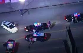 Подозреваемый в превышении скорости показал брейк-данс, прежде чем сдаться полиции