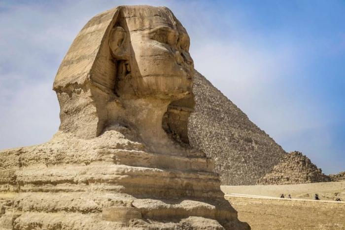 Новое исследование обнаружило, что многие египетские статуи имеют сломанный нос чтобы преднамеренно исказить образ