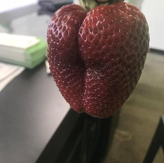 «Самая сексуальная клубника в мире» вызвала слюни у пользователей Твиттера