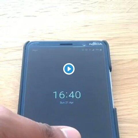 Безопасности никакой, потому что у Nokia 9 Pureview можно «пройти датчик отпечатка пальца даже с жевачкой»
