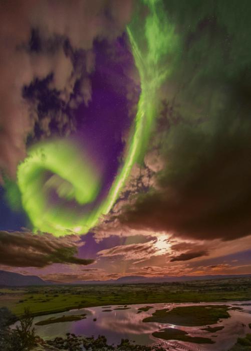 НАСА сделало фото потрясающего сияния, которое является предупреждением для человечества