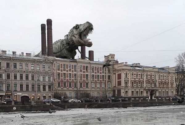 Странные твари начали появляться на фото Санкт-Петербурга