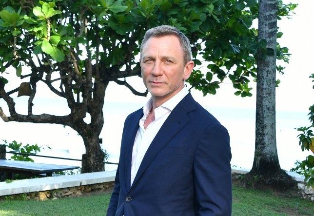 Съёмки Бонда 25 приостановлены на Ямайке, так как Дэниел Крейг поскользнулся и повредил лодыжку