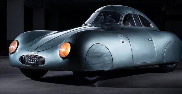 Старейший в мире Porsche был продан за 20 миллионов долларов на аукционе, через 80 лет после гонки 1939 года, для которой он был создан