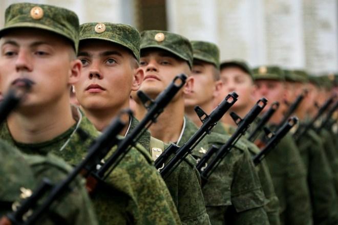 Престиж военной службы: в армии РФ возросло число новобранцев с высшим образованием