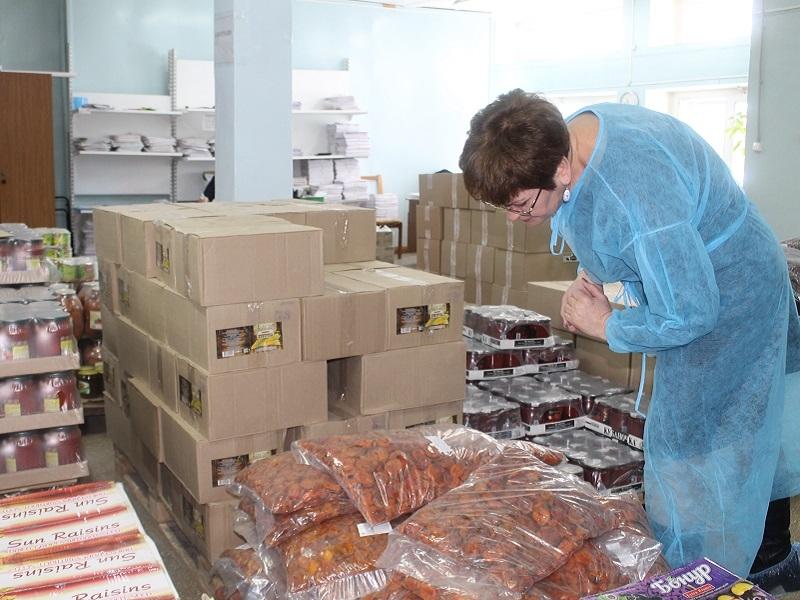 Мука и макароны на полу: как хранили продукты в двух детсадах Брянска