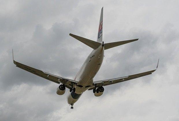 Пропавший рейс MH370 и тайна с пришельцами авиабазы Зона 51 имеют большое «сходство»