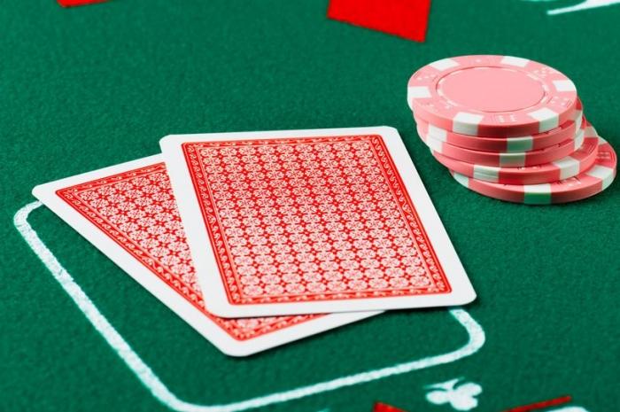 «Сверхчеловеческий» ИИ впервые побеждает профессионалов в покере