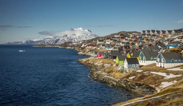 «Сам то он знает где она находится?» Пользователи Twitter издеваются над планом Трампа купить Гренландию