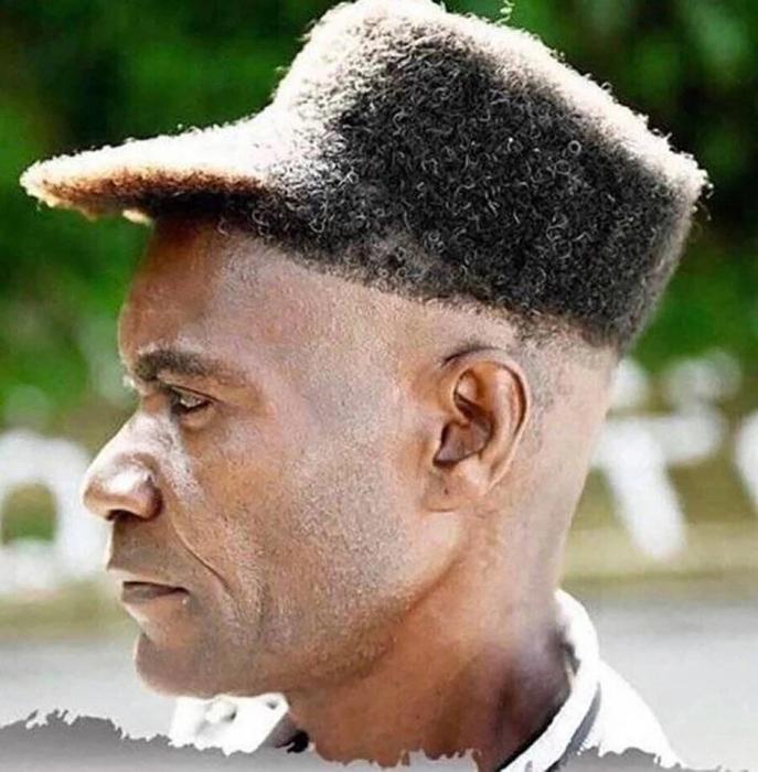 Причёски, начиная от ужасных головных уборов до …, надо еще подумать, а стоит ли