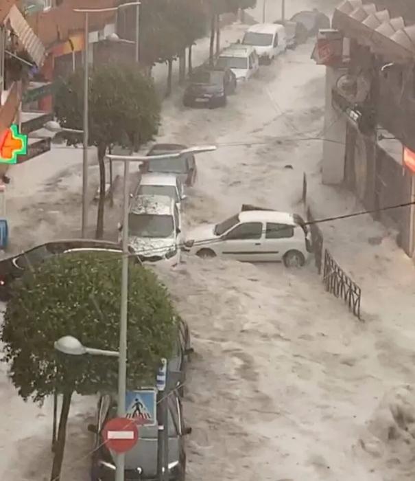 Погода в Испании - Ибица пострадала от наводнений и штормов