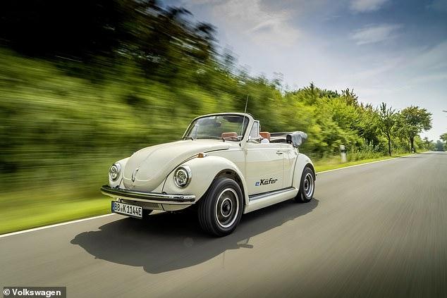 Жук вернулся - и он электрический! VW выпустил комплект для переоборудования классического Жука, чтобы превратить его в электромобиль с зарядом на 124 мили