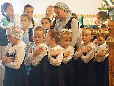 К массовому отравлению и госпитализации учениц Православной женской гимназии Иркутска привели нарушения СанПиН
