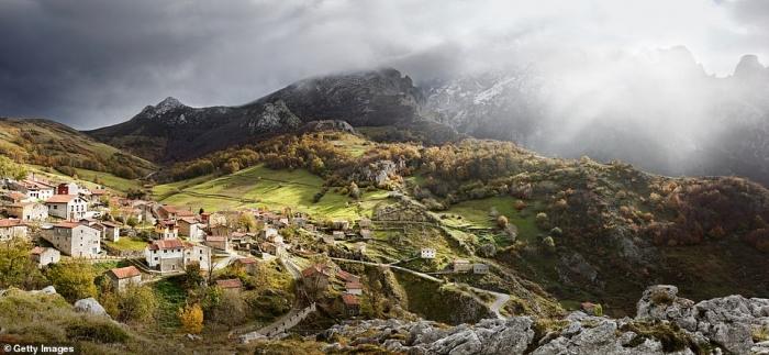 Невероятной красоты картинки показывают разнообразие потрясающих испанских пейзажей