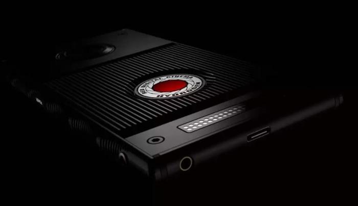 Смартфонов от RED больше не будет.