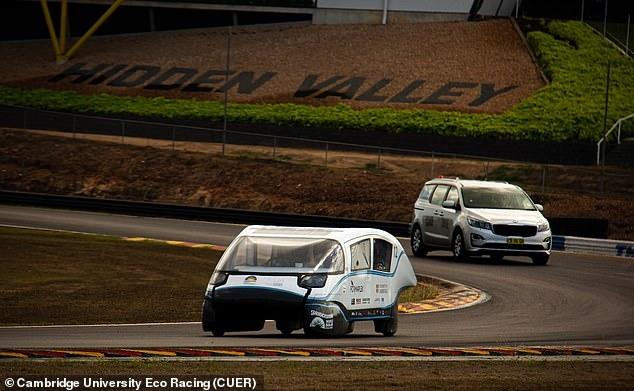 Электромобиль, который может проехать 559 миль на одной зарядке и развить скорость до 80 км в час, разработан студентами Кембриджа