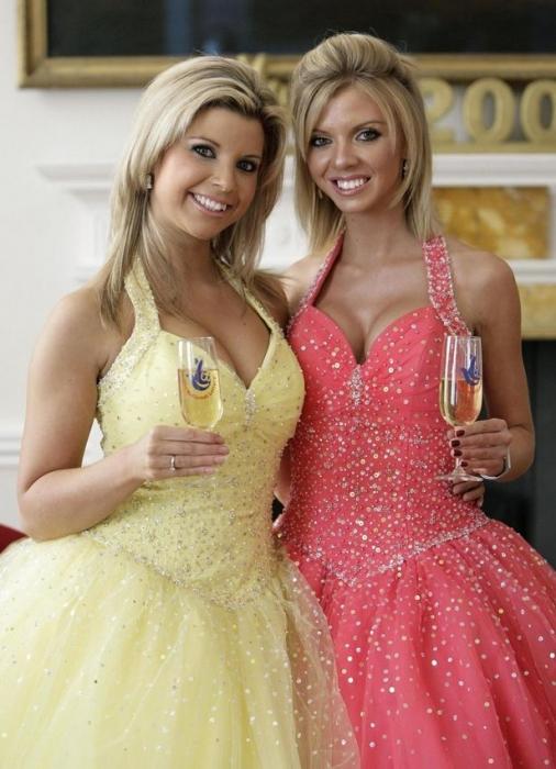 Победитель лотереи отпраздновала джекпот в 3 миллиона фунтов стерлингов, заказав увеличение груди для себя и своих сестёр