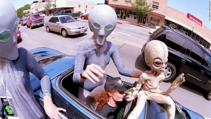 Инопланетяне «выключают ядерное оружие, чтобы показать людям, что они бессильны»