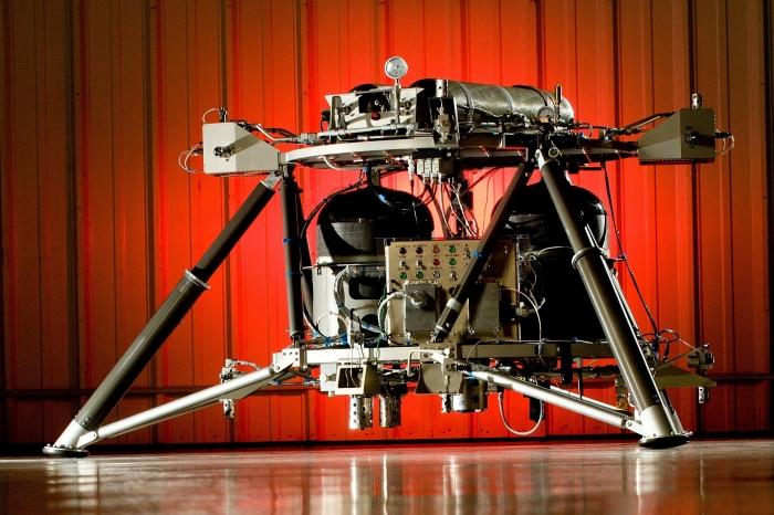 НАСА обнародует роботизированный аппарат для доставки лунохода на один из лунных полюсов
