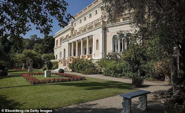 Самый богатый человек Украины Ринат Ахметов покупает 14-комнатную виллу Кампари на Французской Ривьере