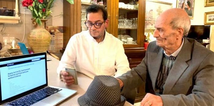 Пенсионер в Англии, которому 101 год, рассказал, что его родители должны подтвердить его удостоверение личности для его статуса после Брекcита
