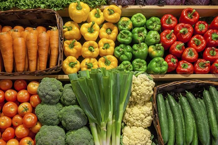 В Роспотребнадзоре порекомендовали не покупать мытые овощи