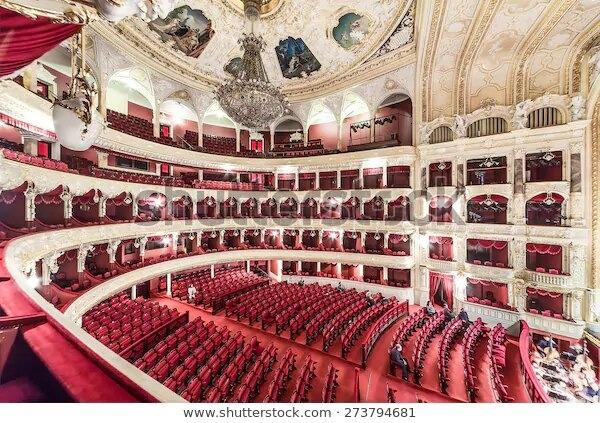 Пермский театр выступает для одного зрителя