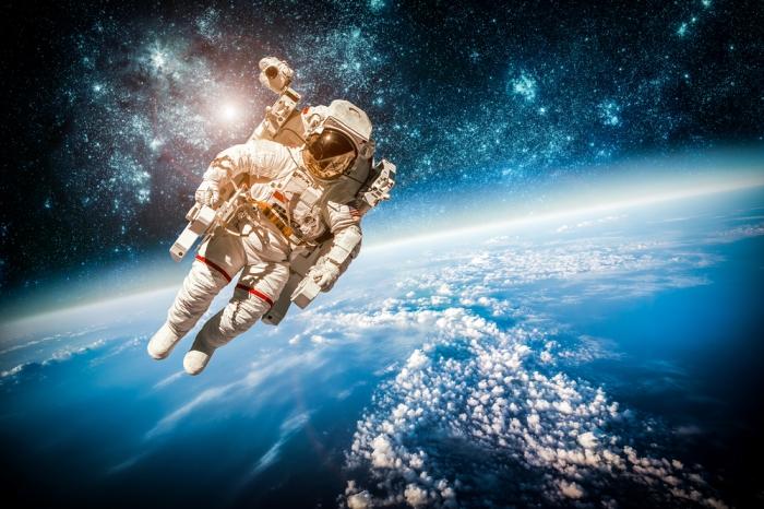 Мне кажется, что 28 марта надо объявить Днём Космонавтики Украины