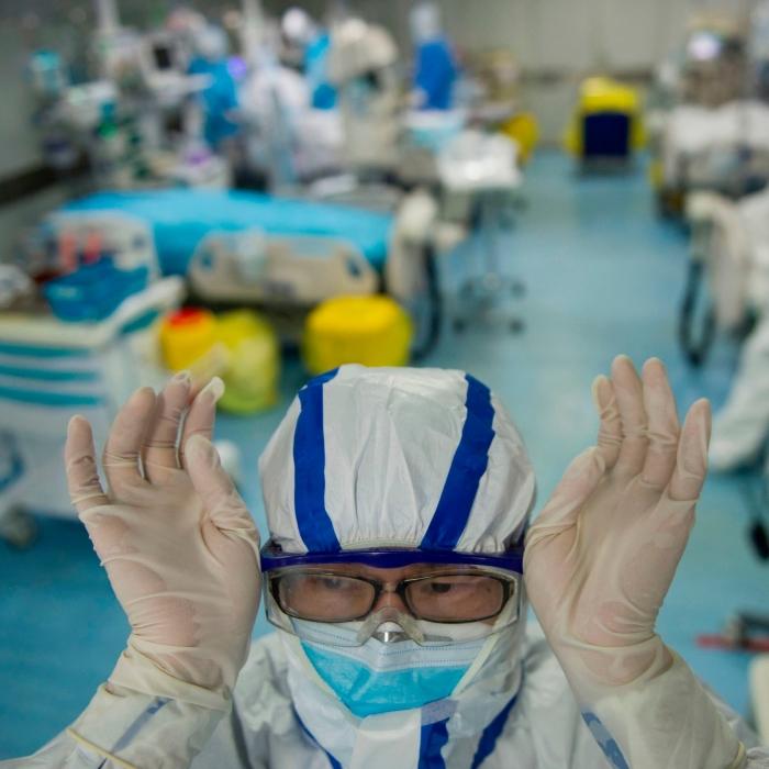 Коронавирус мутировал и стал более смертоносным в Европе, чем в США, говорится в исследовании