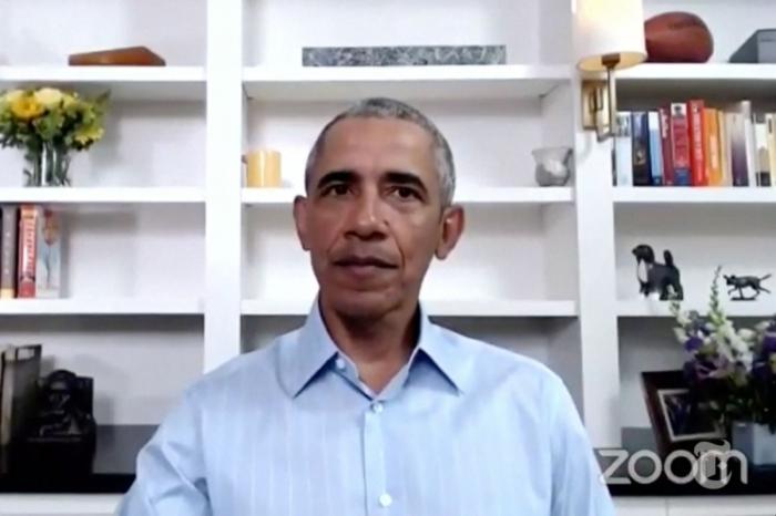 Бывший президент Обама поддержал протестующих