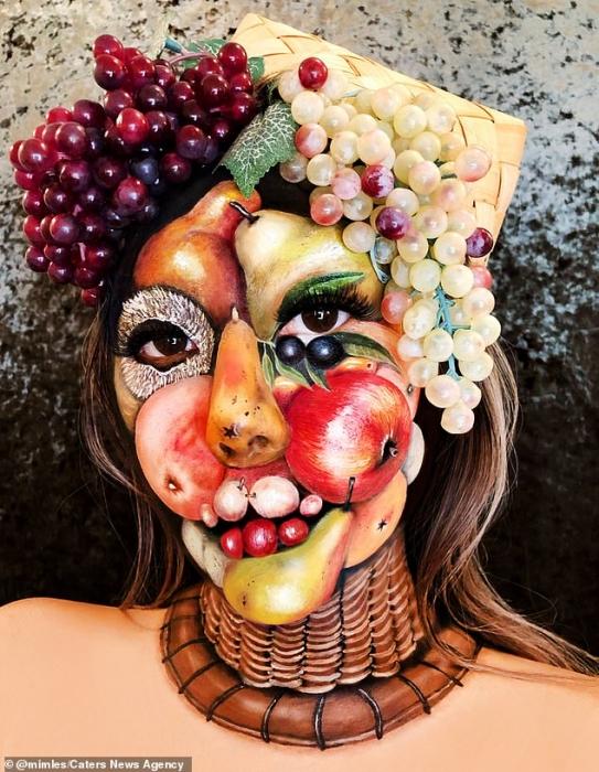 Визажист создает невероятные пищевые иллюзии на ее лице и теле, включая картофель фри и очищенные бананы вместо ног