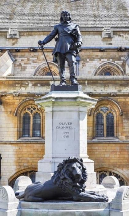В Лондоне собираются снести памятник Кромвелю