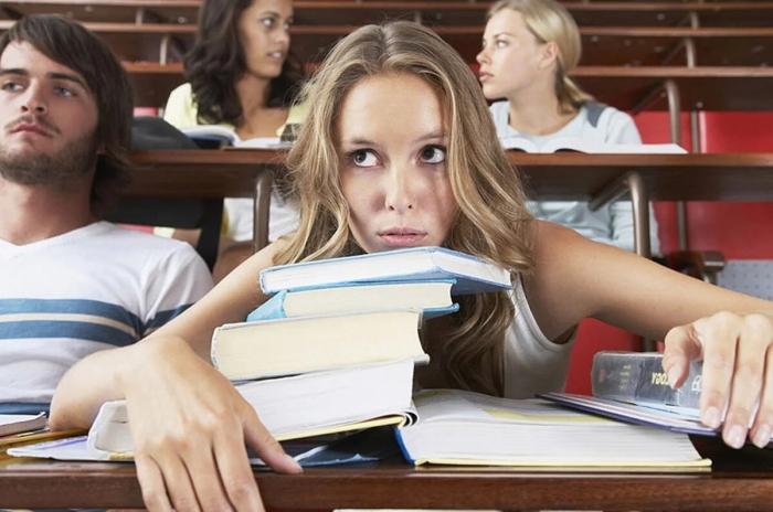 Что будем делать? Выпускники школ больше не хотят поступать в вузы