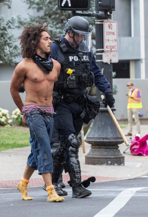 Протесты в Луисвилле завершились стрельбой