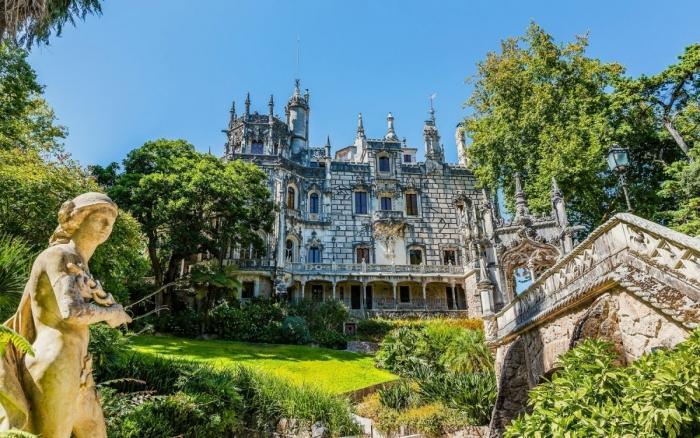 Будете в Португалии, обязательно посетите дворец Кинта-да-Регалейра в городе Синтра